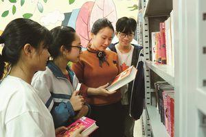 Người phụ nữ mang bạo bệnh truyền cảm hứng đọc sách