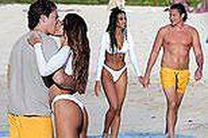 Bạn trai cũ Amber Heard tình tứ ôm hôn bạn gái mới trên biển