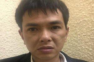 Hà Nội: Khởi tố đối tượng dùng súng cướp tiền ở chợ Long Biên