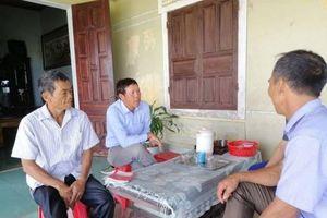 Cán bộ thôn tự ý bán 3 tạ lúa giống nhà nước cấp cho dân