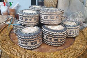 Ép khảu- vật dụng gắn liền với các gia đình người Thái Tây Bắc