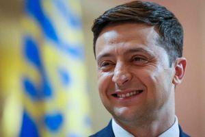 Nói tiếng Nga trước cử tri, ứng viên Tổng thống Ukraine bị đề nghị tống giam