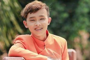 Hồ Văn Cường nhuộm tóc, lớn phổng phao sau 3 năm từ Vietnam Idol Kids
