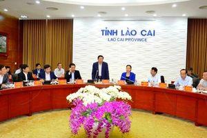 Đoàn Tiểu ban Văn kiện Đại hội XIII của Đảng làm việc tại Lào Cai