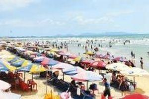 Biển Vũng Tàu đã hấp dẫn du khách TP Hồ Chí Minh