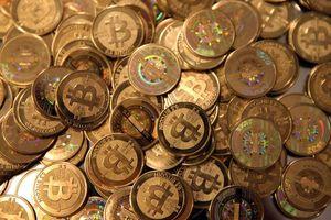 Bitcoin bất ngờ 'trỗi dậy'