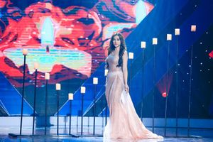 Thu Thủy khoe vẻ đẹp quyến rũ trong chương trình Âm Nhạc Bước Nhảy
