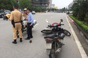 Phóng viên dùng xe máy truy đuổi, phối hợp với người dân bắt gọn tên cướp