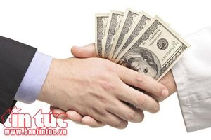 Bắt quả tang vụ lừa đảo 'chạy án' với giá 20 triệu đồng