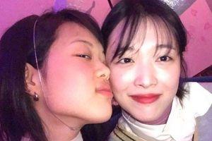 K-net sốc khi sao 'SKY Castle' Kim Bo Ra dự tiệc tùng cùng Sulli và hội bạn 'thô tục'