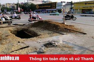 Tiến hành sửa chữa điểm sụt lún tại đầu đường Đội Cung, TP Thanh Hóa