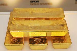 Giá vàng và USD cùng chững