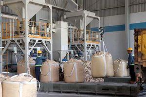 Quý I, TKV tiêu thụ 344.224 tấn alumin, bằng 26,5% kế hoạch năm