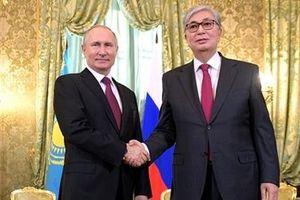 Tân Tổng thống Kazakhstan gặp Tổng thống Putin sau khi nhậm chức