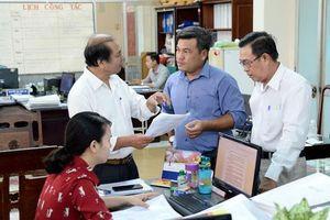 TP Hồ Chí Minh cam kết xử nghiêm cán bộ đi nước ngoài quá hạn