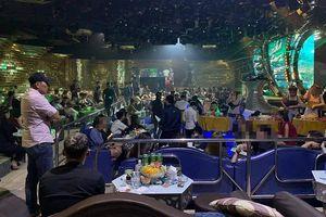 Cả trăm dân chơi nghi sử dụng ma túy trong quán bar ở quận 5
