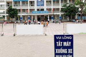 Hà Nội: Phát hiện thịt gà 'bốc mùi' vào trường tiểu học