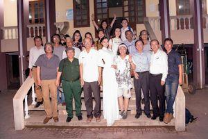 Trần Huyền Nhung về với bà con dân tộc Ê ĐÊ Sông Hinh