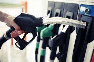 Doanh nghiệp ngừng bán xăng sẽ bị xử phạt và rút giấy phép kinh doanh