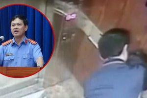 Vụ sàm sỡ bé gái trong thang máy: Ông Nguyễn Hữu Linh có bị thu hồi thẻ luật sư?