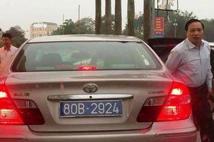 HĐND Ninh Bình xác minh vụ xe công dùng 2 biển xanh