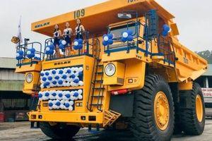 Siêu xe tải BELAZ-75131 đầu tiên cập bến Việt Nam, giá hơn 35 tỷ VNĐ