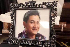 Thi hài nghệ sĩ Anh Vũ được đưa từ Mỹ về tới Việt Nam ngày 9/4