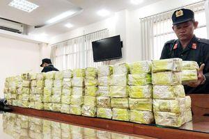 Triệt phá đường dây buôn bán ma túy khủng 300kg xuyên quốc gia: Sự phối hợp hoàn hảo