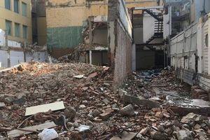 Tháo dỡ biệt thự cổ trên đường Phạm Ngọc Thạch - TP HCM