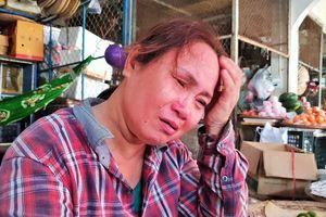 Con trai đâm chết người vì bị nhắc vượt đèn đỏ: Nước mắt người mẹ mù lòa