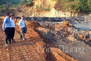 Nghệ An: Sụt hố bùn thải mỏ quặng, 1 phụ nữ tử vong