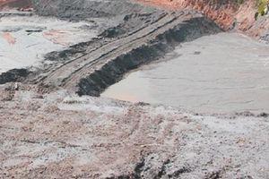 Đi mót quặng, một phụ nữ sụp trong vũng bùn thải thiệt mạng