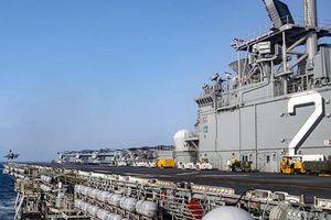 Tàu đổ bộ tấn công Mỹ chở 10 chiếc F-35B đi qua biển Đông