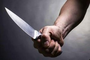 Chồng đâm vợ cũ nhập viện vì cãi lời
