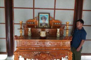 Lập bàn thờ tướng Đồng Sĩ Nguyên tại Khu di tích lịch sử Bộ đội Trường Sơn
