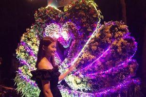 Nam thanh nữ tú nô nức đến lễ hội tình yêu – hòn Trống Mái