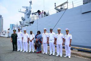 Tàu hộ vệ Hải quân Bangladesh thăm và giao lưu tại TP HCM