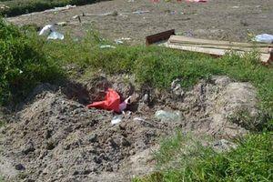 Phát hiện thi thể bé trai bị vùi dưới đất