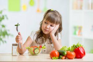 7 cặp thực phẩm tuyệt đối không nấu chung cho bé ăn dặm kẻo còi cọc 'bền vững'