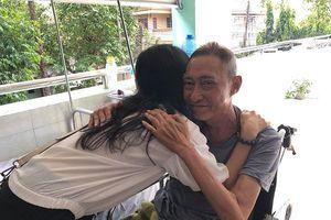 Bác sĩ chia sẻ về sức khỏe Lê Bình và cho biết ông là bệnh nhân đầy nghị lực