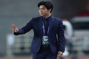 Học trò cũ của HLV Park Hang-seo sắp làm thầy Đặng Văn Lâm