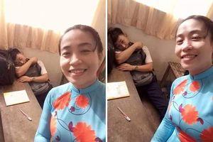 Phát hiện nam sinh ngủ gật trong lớp, cách giải quyết của cô giáo khiến tất cả bật cười