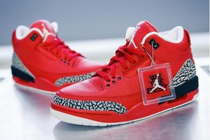 Những đôi giày thể thao có giá 'trên trời'