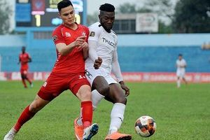Bạn thủ môn Văn Lâm quyết ghi điểm trước HLV Park