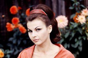 'Bond Girl' Nadja Regin qua đời ở tuổi 87