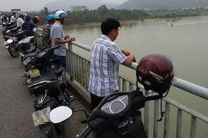 Hé lộ nguyên nhân nữ kế toán trường mầm non nhảy sông Lam tự tử