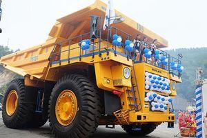 Cận cảnh xe tải 'khủng' BelAZ mới giá 35 tỷ ở Việt Nam