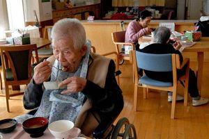 Dân số già đe dọa tăng trưởng của châu Á