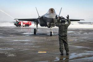 Nhật tạm dừng toàn bộ siêu tiêm kích F-35 sau vụ rơi máy bay