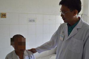 Sau giải thích của bác sĩ, bệnh nhân u não được cứu sống ngoạn mục